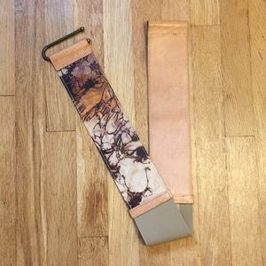 Anthropologie genuine leather belt with U closure